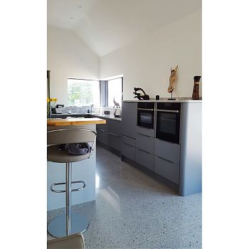 contemporary kitchen quartz worktop